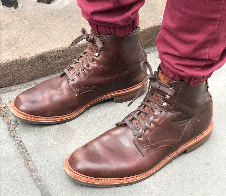 Allen Edmonds Higgins Mill sidewalk