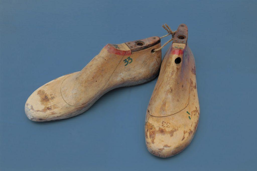 Israeli shoe lasts