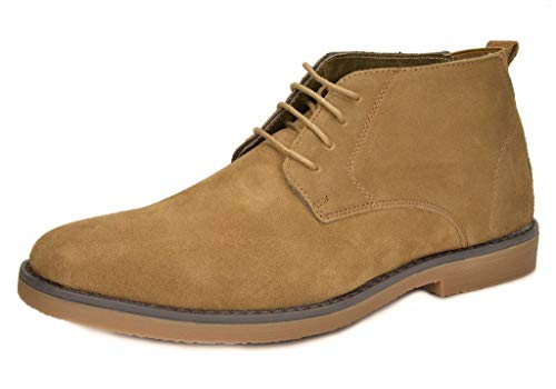 4b726ba6283 The 5 Best Chukka Boots You Can Wear With Shorts - stridewise.com