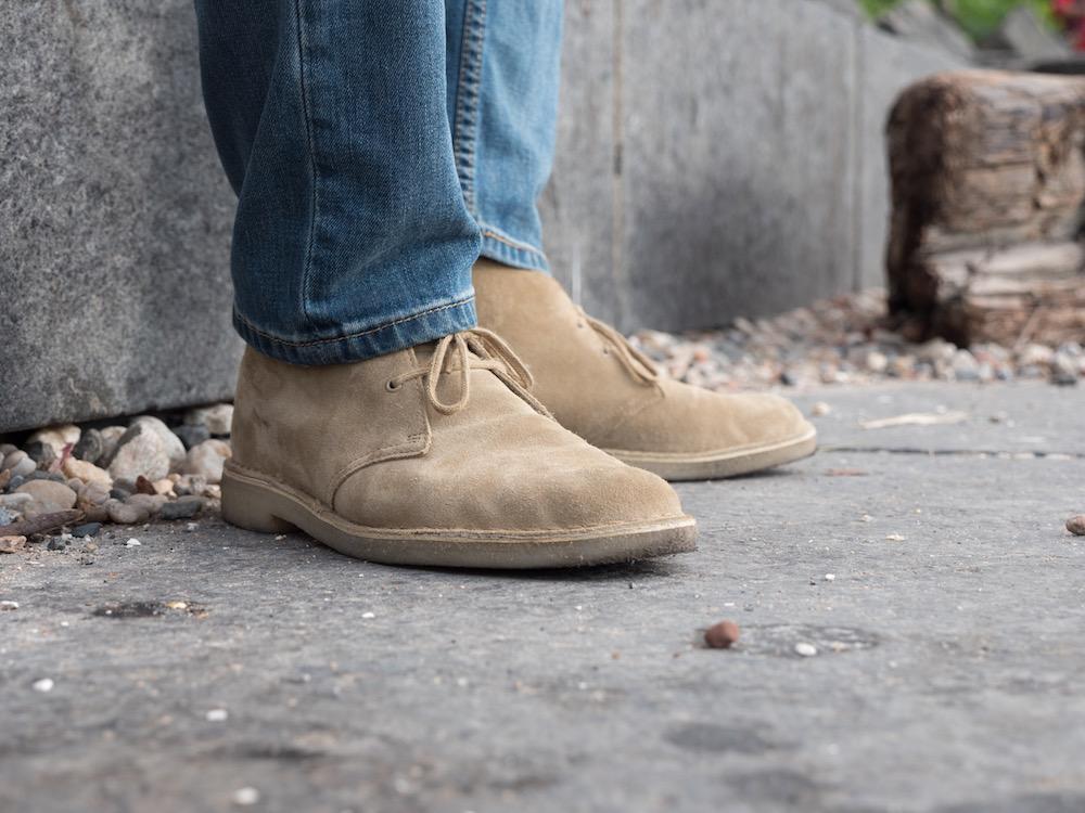 Clarks desert boot front