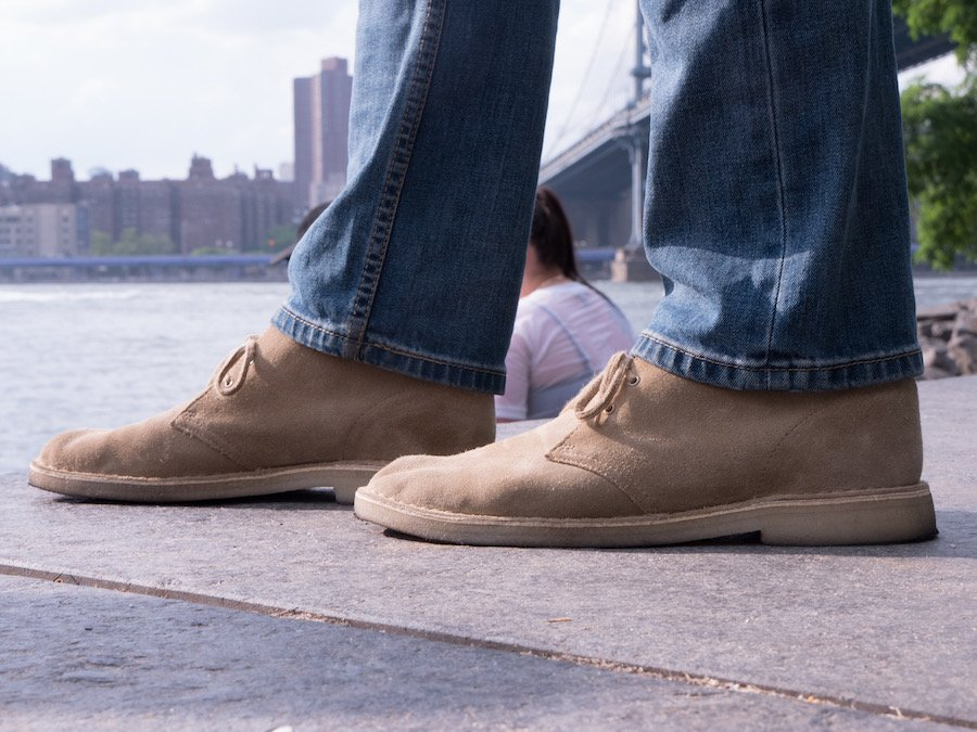 Clarks desert boot river