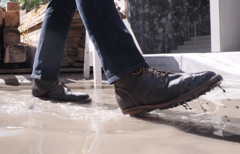 Truman boot water