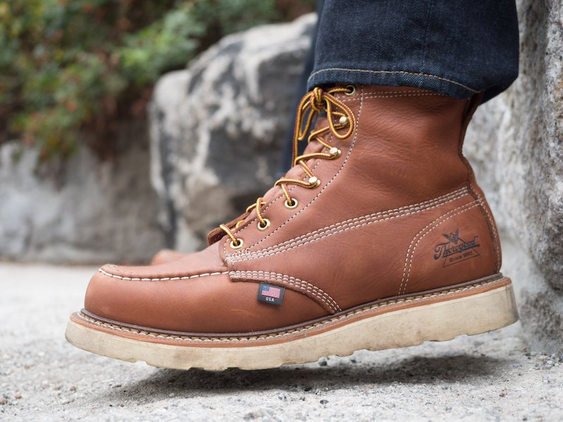 Thorogood moc toe dangle