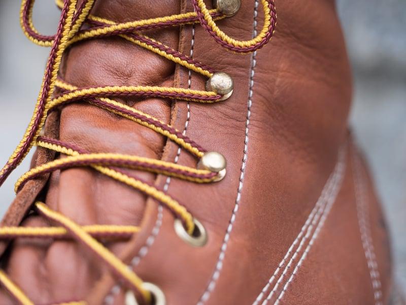 Thorogood moc toe laces