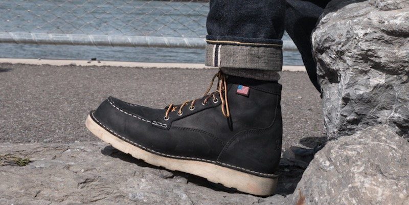 danner bull run on foot
