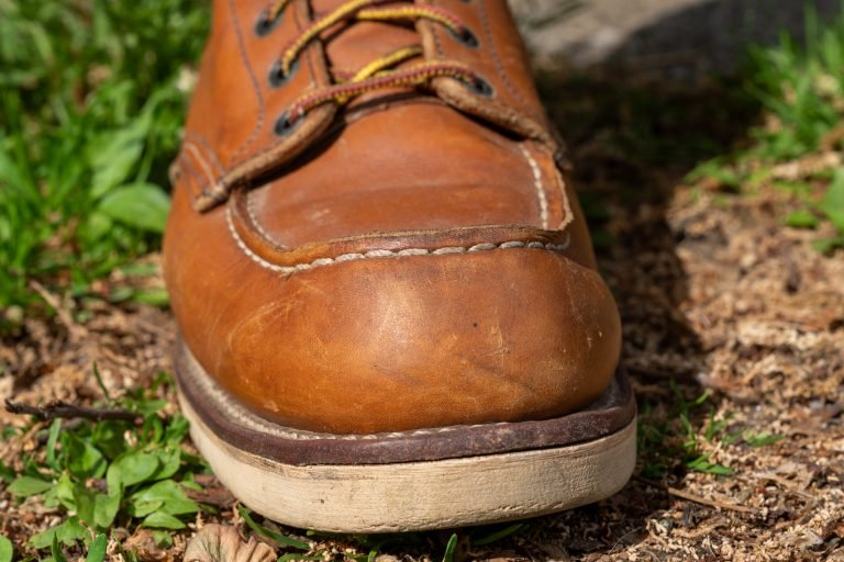 red wing 875 moc toe front view