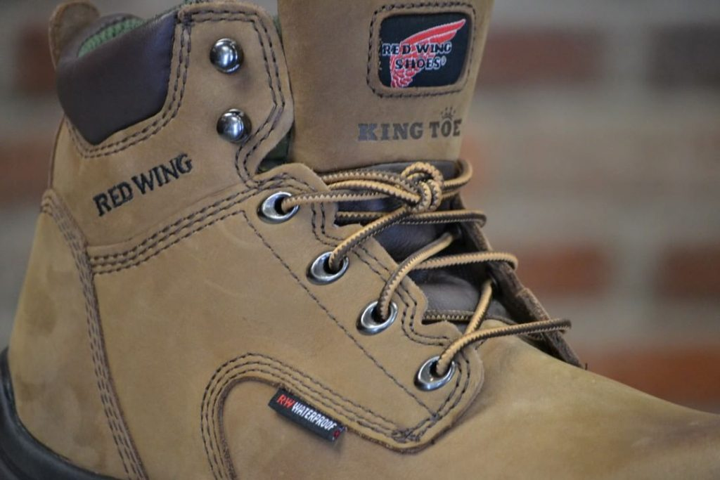 red wing king toe
