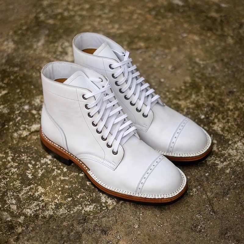 Benzein White Catcher Boots