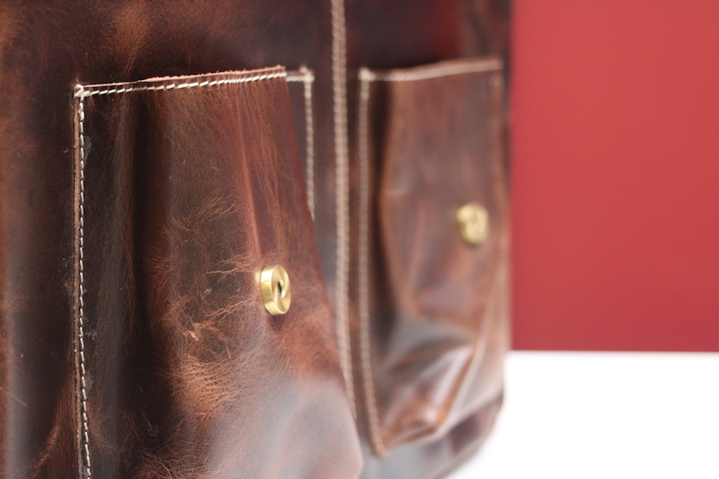 kodiak leather pilot bag pockets