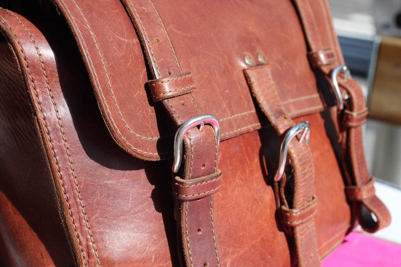 leather patina saddleback bag