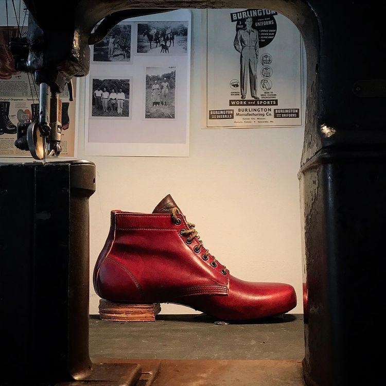 kreosote-boots undertaker boot side