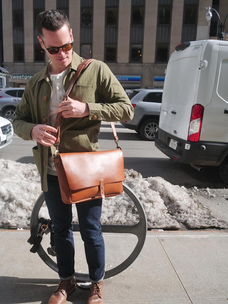 wp standard messenger bag hip