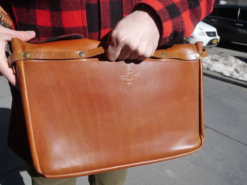 wp standard messenger bag leather wrinkles