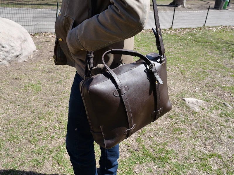 cravar leather briefcase co 15 in use