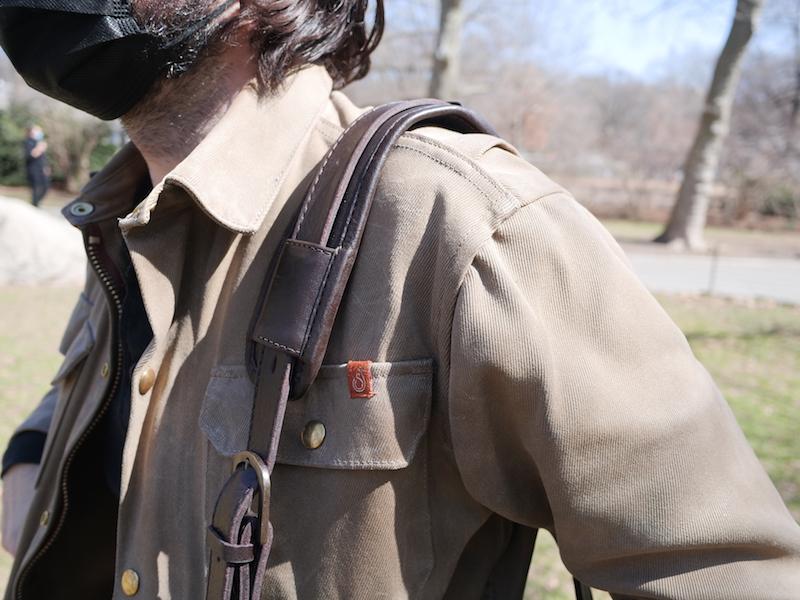 cravar leather briefcase over shoulder