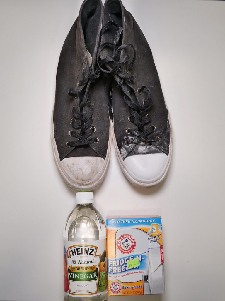 baking soda and vinegar for cleaning converse