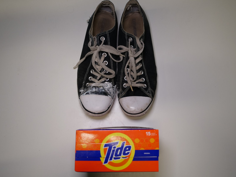 Clean Converse Chuck Taylors Detergent and Water