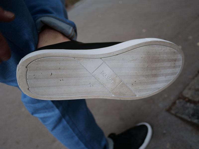 thursday sneaker black sole