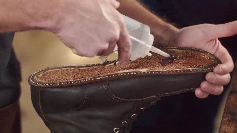 Red Wing Resole Glue Thinner